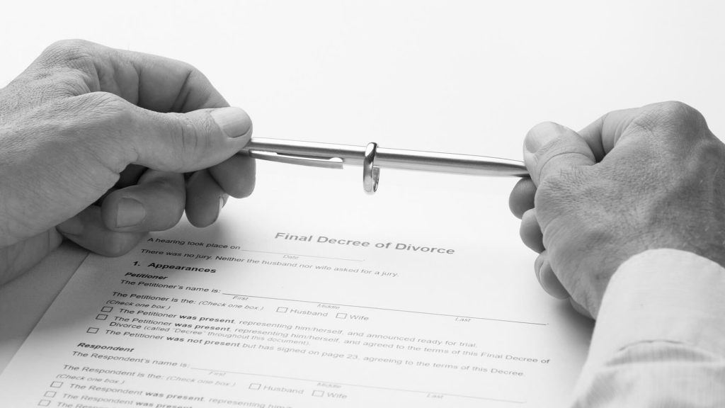 Financial settlement during divorce